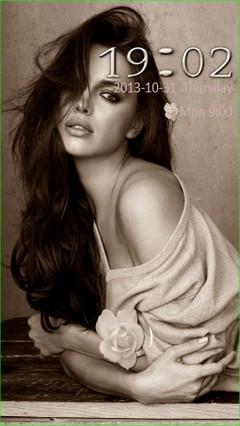 Beauty Irina Locker