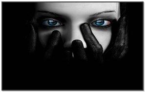 नीली आंखें