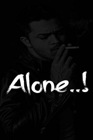 Hình nền một mình