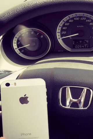 Honda With Iphone5s