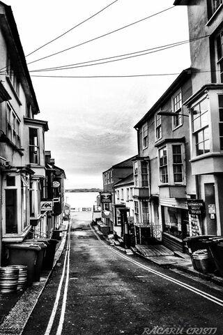 Street White Black