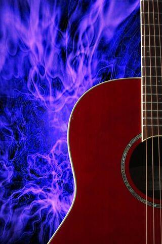 Chitarra fiammeggiante blu