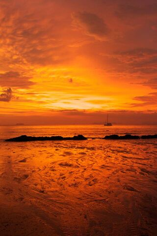 พระอาทิตย์ตกสีส้ม